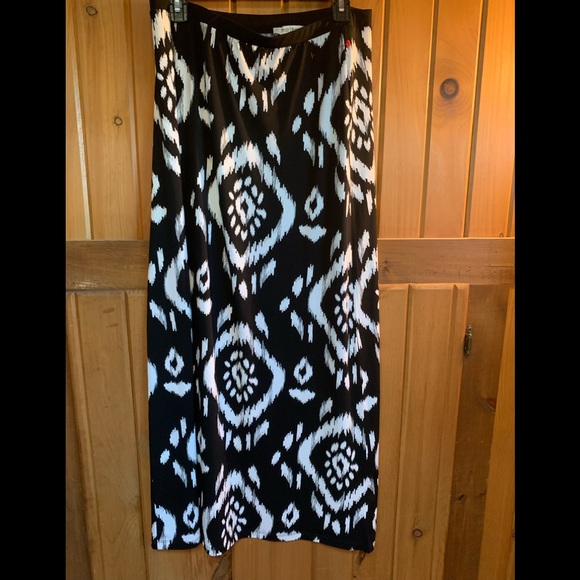 White House Black Market Dresses & Skirts - White House Black Market Skirt
